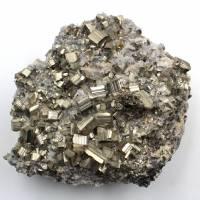 Pyrite sur cristaux de quartz