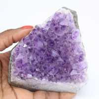 Morceau de pierre d'améthyste